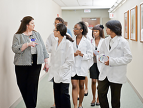 Class of 2014 toured the Lurie Comprehensive Cancer Center's Maggie Daley Center for Women's Cancer Care in summer 2011.